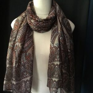 Accessories - Brown Paisley Lightweight Oblong Scarf
